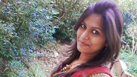 Egymaga vonszolta be a rendőrségre támadóját a lány