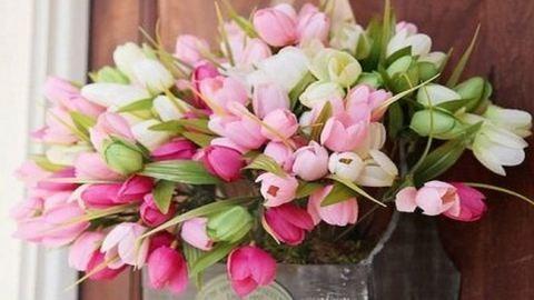 Tavaszba borulnak az ajtók: 10 gyönyörű ajtódísz