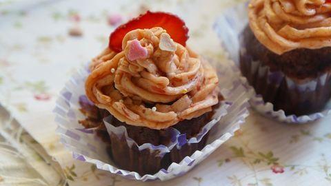 Anyák napja: 3 egyszerű sütemény ajándékba