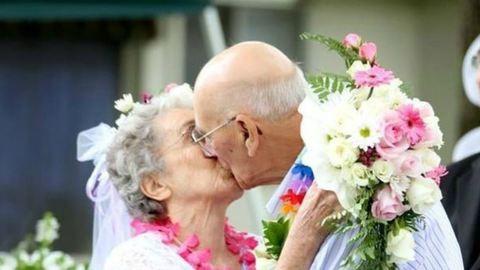 Ez a 8 fotó bizonyítja, hogy soha nem késő megházasodni