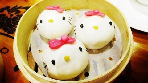 Megnyitották a világ első Hello Kitty! éttermét – ilyet még nem láttál!