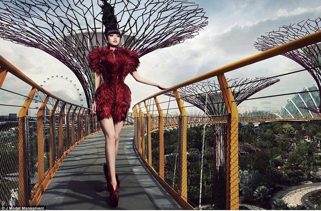 Ilyen lesz a jövő divatbemutatója - képek