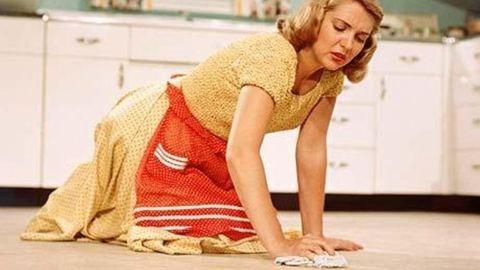 Házimunka derékfájósoknak – Így kíméld a hátad munka közben!