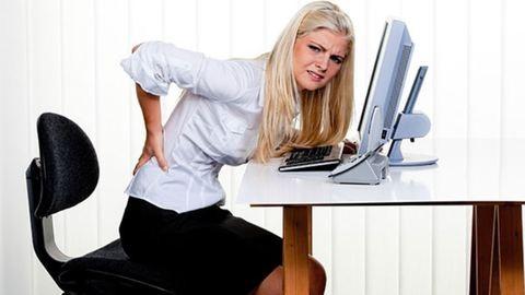 Munkahelyi fájdalmaink – így előzd meg az irodai munkával járó fájdalmakat