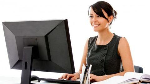Számítógépes munkák ártalmai – Tippek kéz-, csukló- és nyakfájás ellen