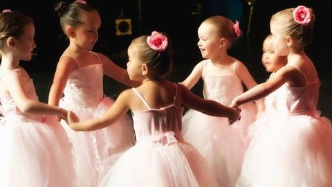 3 vidám táncos tábor lányoknak vidéken