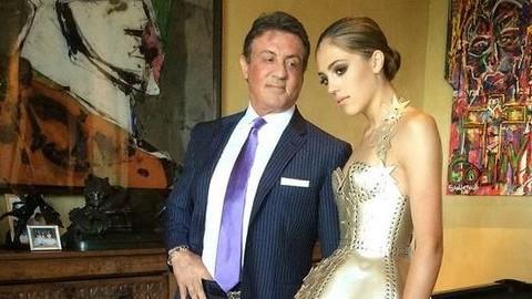 El sem hiszed, milyen gyönyörű nő Sylvester Stallone lánya