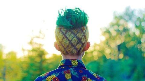 A lúzerek divatja az ananászfrizura – ilyet még nem láttál!