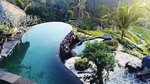 12 szupertrendi kerti medence