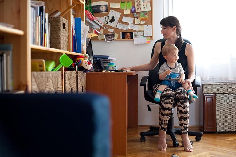 Gyerekszülés után vállalkozás: Projekt és fotósorozat