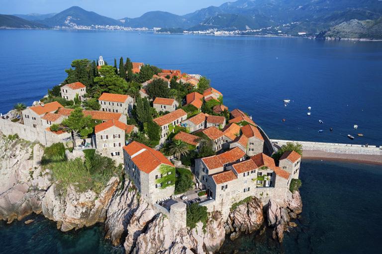 A nyugodt pihenés paradicsomsa - 7 ok, amiért érdemes Montenegróban nyaralni