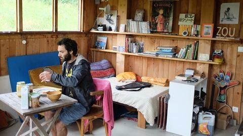 Így él egy francia közösségben az erdő mélyén Brigi