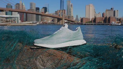 Hulladékból készül a márkás cipő – fotó