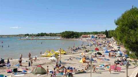 Magyar rendőrök segítik a turistákat Horvátországban