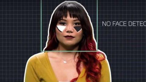 Megfigyelés elleni smink és drónhárító pulóver lehet az új trend