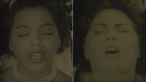 12 orgazmus, 12 női arc – fotók