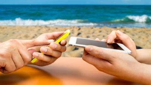Így mobilozz a külföldi nyaralás alatt!