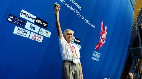 Világrekordot döntött a 95 éves szegedi úszó