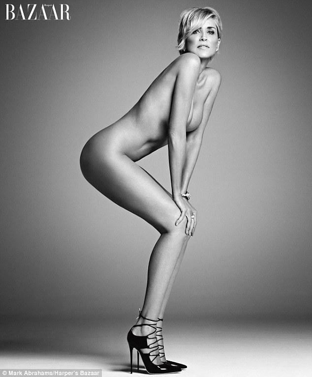 Gyönyörű meztelen fotó az 57 éves Sharon Stone-ról - látnod kell!