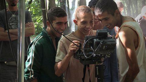 Brazilok: Meseszerű, életigenlő film a romákról, ami beint az előítéleteknek