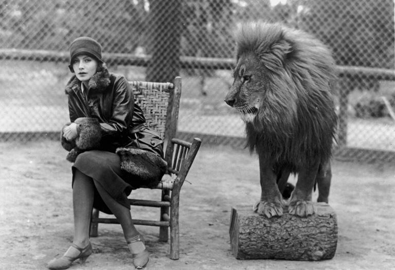 Greta Garbo és a Metro-Goldwyn-Mayer ikonikus oroszlánja, Leo