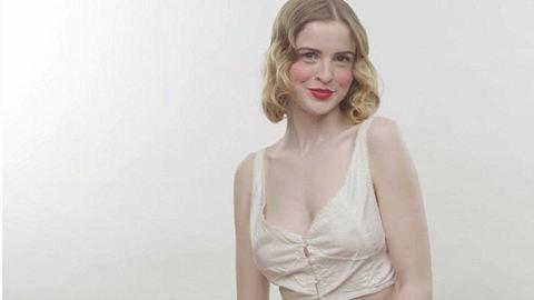 Így változott a melltartók divatja az évszázadok során – videó