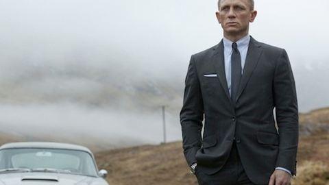 Megjelent az új James Bond-film főcímdala