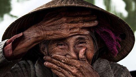 Gyökeresen megváltozott az életük: a francia fotós és 75 éves modellje