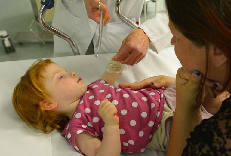 Szülők az ágy szélén - egy hétvége a gyerekkel a kórházban