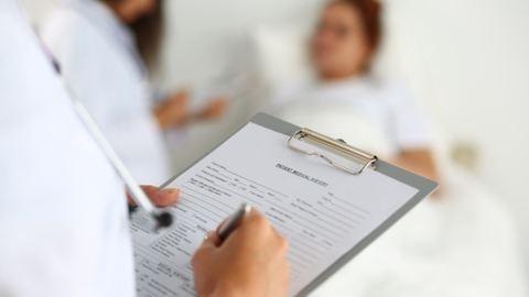 Aggódunk az egészségünkért, ugyanakkor félünk orvoshoz menni