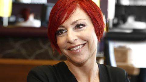 Trendi azt mondani, hogy a kor nem számít – Erős Antónia ma 45 éves