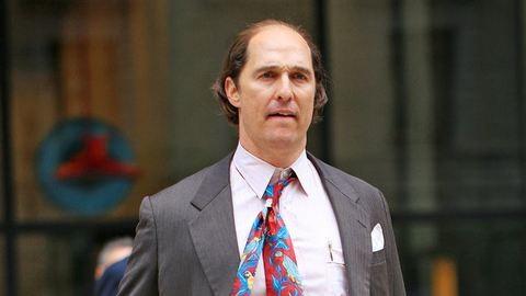 Matthew McConaughey kopasz és sörhasa van!
