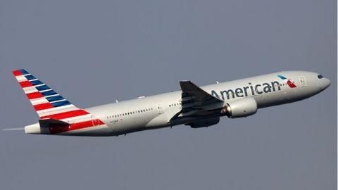 Repülés közben halt meg a pilóta