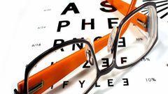 300 optikában ingyenes a szemvizsgálat 1 hónapig