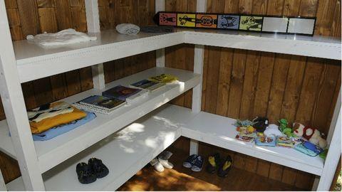 Ajándékdoboz: Zuglóban nyílt meg a második Közösségi Adomány Pont