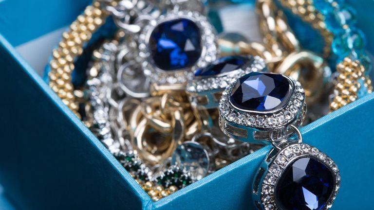 Kvíz: Találd ki, hogy bizsu vagy luxusékszer!