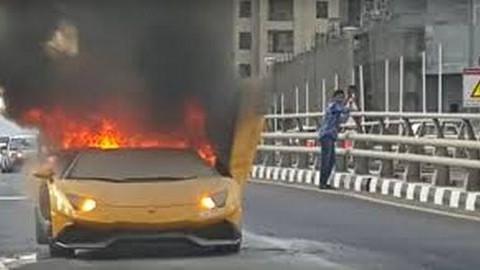 Addig menőzött, míg ki nem gyulladt a Lamborghinije