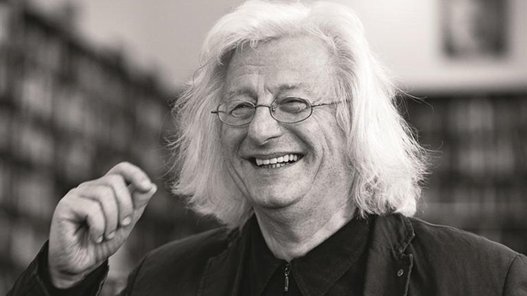 Murió Péter Esterházy, escritor húngaro