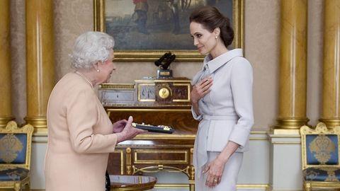 II. Erzsébet udvarhölgyei: dívák, akik a királynő kegyét élvezik