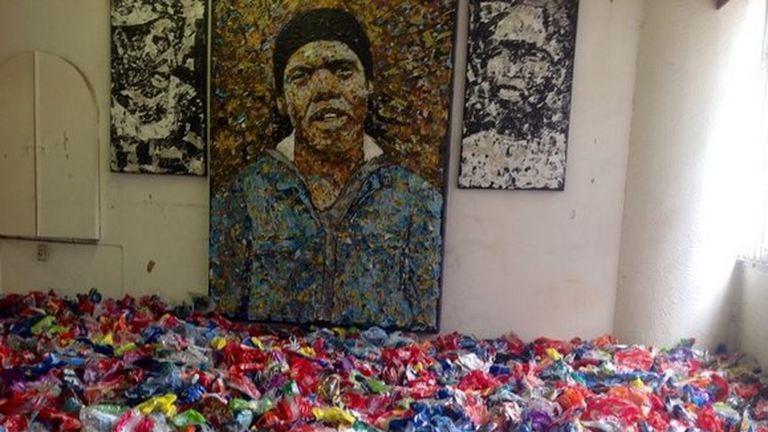 Tökéletes újrahasznosítás: szemétből művészet
