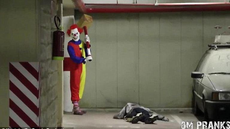 A horrorbohóc valóra váltja legszörnyebb rémálmod – videó csak erős idegzetűeknek!
