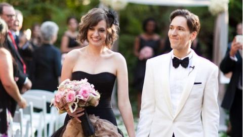 10 menyasszonyi ruha, ami megtöri a hófehér egyeduralmát