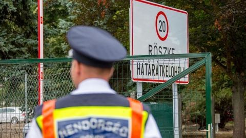 Üdülési pénzt kapnak a határon szolgáló rendőrök