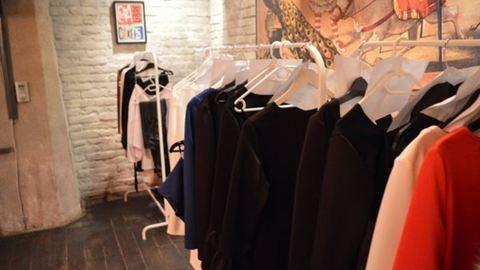 Egy divatbemutató a kulisszák mögül