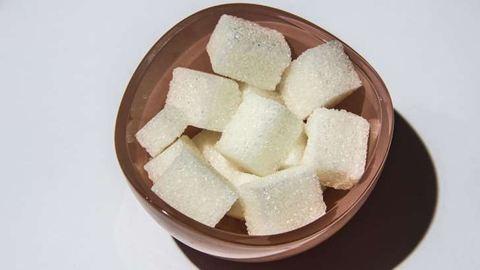 Mennyi cukor egészséges naponta?