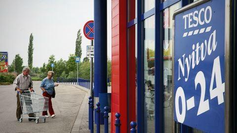 A jövő héttől négy vasárnapon át nyitva tarthatnak az üzletek