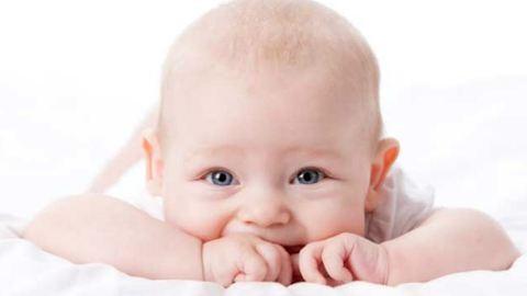 Ezeknek a babáknak a nevetésétől neked is jobb kedved lesz – videó