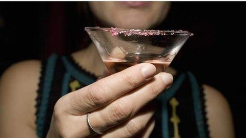 6 jel, hogy túl sokat iszol