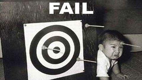 8 ember, akik azonnal rájöttek, hogy mekkorát hibáztak – vicces gifek