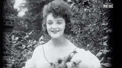 Így pózoltak a szépségkirálynők 1920-ban - videó